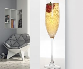 Panio Crystal Glass Designer Radiator P66 Champagne with Single Strawberry Image
