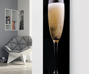 Panio Crystal Glass Picture Designer Radiator P44 Pouring Champagne Image