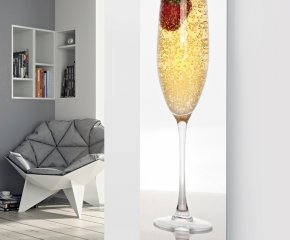 Panio Crystal Glass Picture Electric Designer Radiator - P66 Champagne with Single Strawberry Image